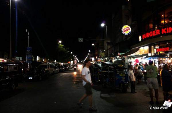 Ночной базар. Чианг Маи. Таиланд.