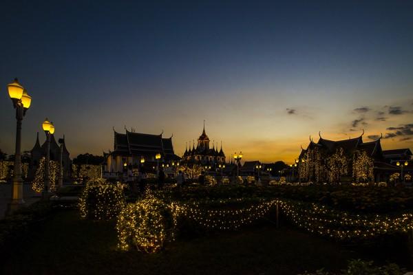 А в Таиланде – день рождения короля.