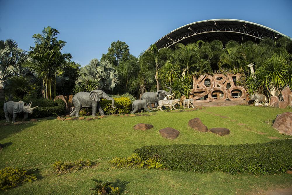 Зоопарк в городе Накхон Ратчасима (Корат, Khorat) в Таиланде