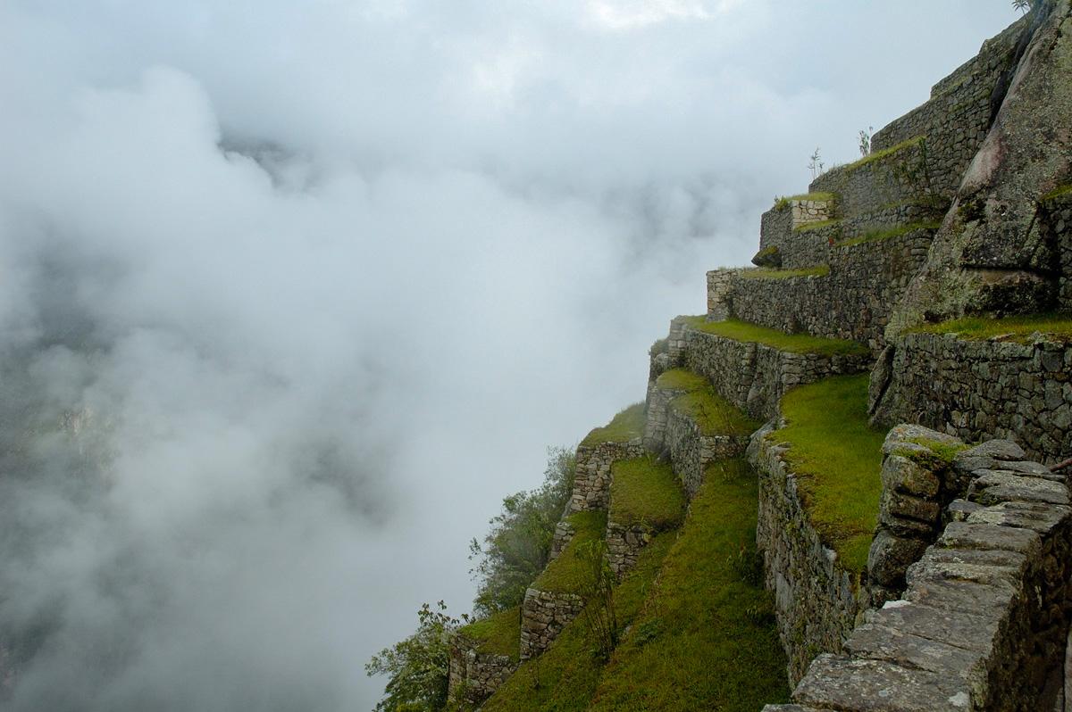 Террасы на скалах Мачу-Пикчу